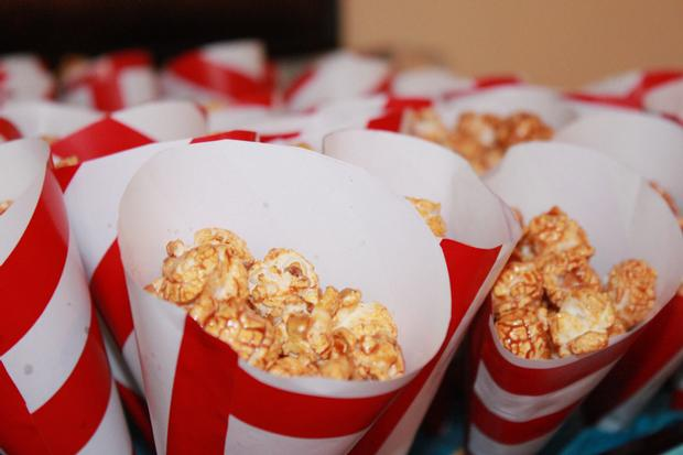 Thing 1 Thing 2 shower, Twin baby shower ideas, Dr Seuss inspired party, Dr Seuss theme party, popcorn