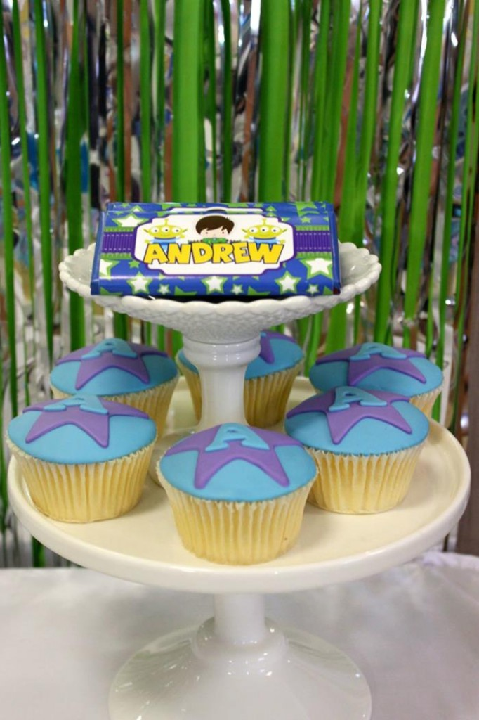 buzz lightyear birthday party, buzz lightyear baby shower ideas, cute posters, to infinity and beyond, swirl lollipop, jars, cupcake and bars