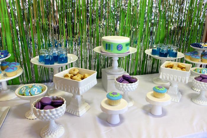buzz lightyear birthday party, buzz lightyear baby shower ideas, dessert table