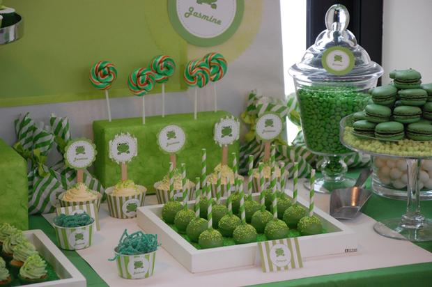frog themed baby shower ideas, decorations, green colors, frog toppers, frog color macarons, dessert table, swirl lollipop