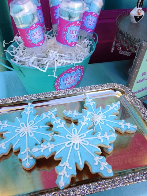 frozen movie birthday party, snowflakes toppers, cookies