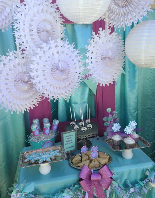 frozen movie birthday party, snowflakes toppers, decors