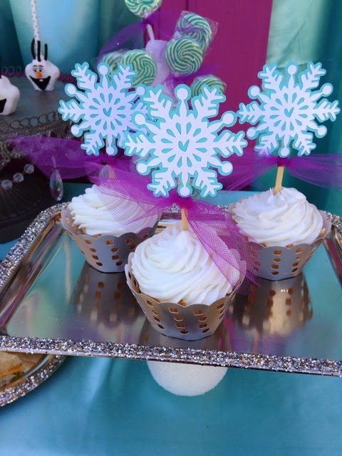 frozen movie birthday party, snowflakes toppers