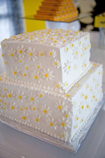 palm springs pop art party ideas, wedding, birthday party, baby shower inspirations, lemon party theme, wedding cake