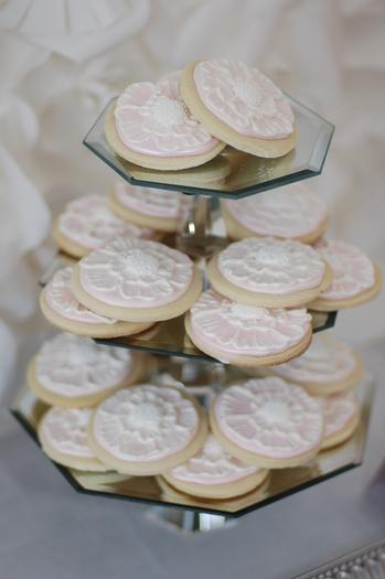 secret garden baby shower, baby girl pink mousse, cookies