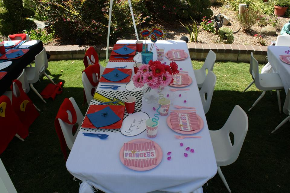 superheroes birthday party, calling all Princesss Superheros Birthday Party table, spider decor 3