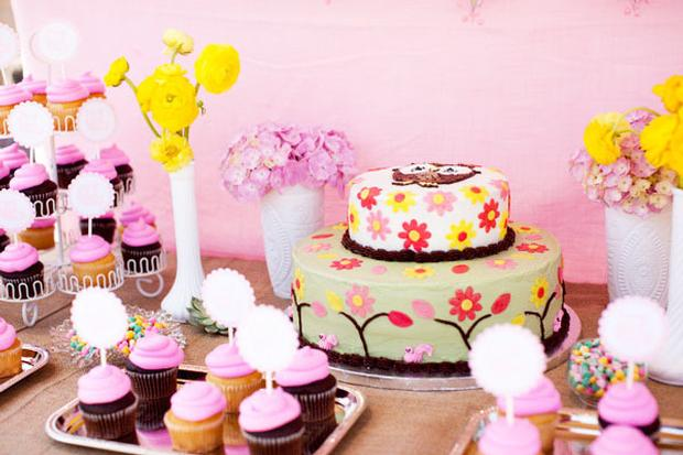 woodland baby shower ideas by marci via babyshowerideas4u setting the cake dessert table pink treats