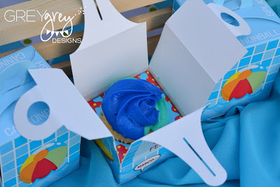 cupcakes, summer pool party ideas