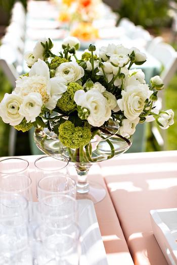 flower arrangement for retro baby shower