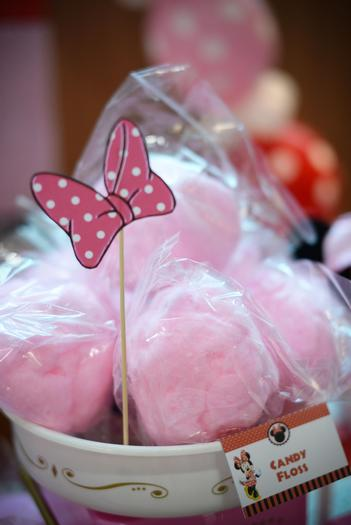 minnie mouse pink ribbon