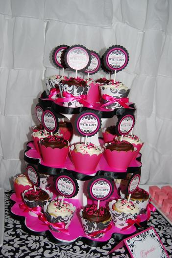 sprinkled with love baby shower, white and black damask baby shower ideas, decorations, damask labels, hot pink and black