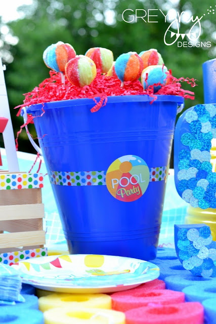 summer pool party decorations, outdoor party, colorful lollies