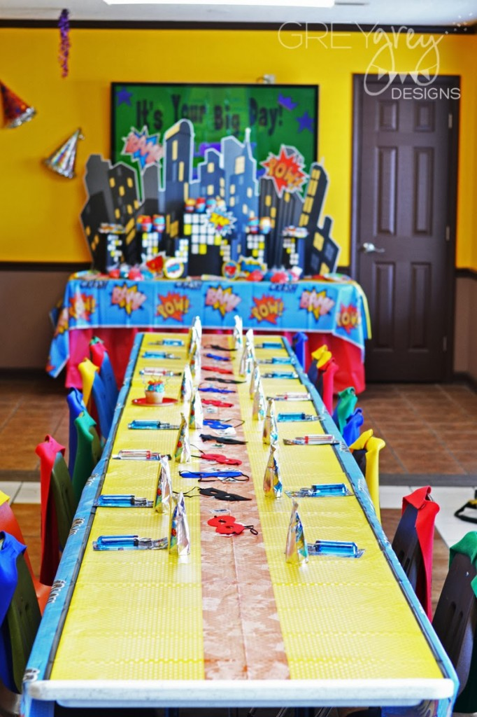superhero birthday party, super hero decoration inspirations