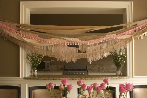 fringe baby shower ideas, burlap and pink baby shower decor