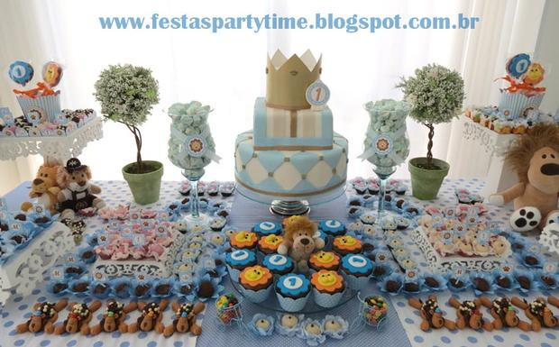 lion king birthday party dessert table