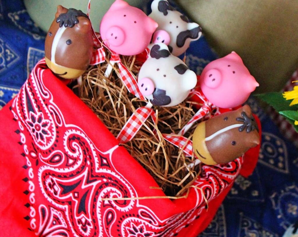farm animals cakepops in bandannas