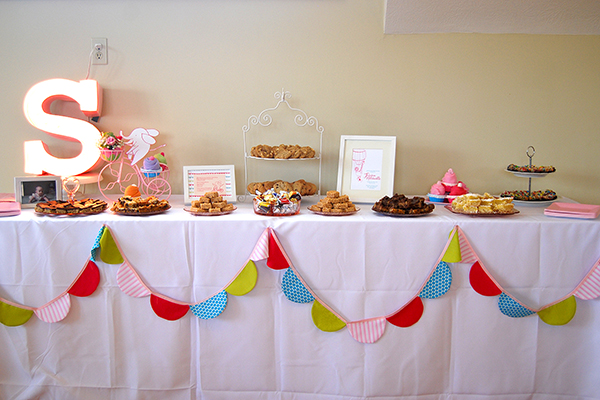 Bright Baby Shower theme (8)