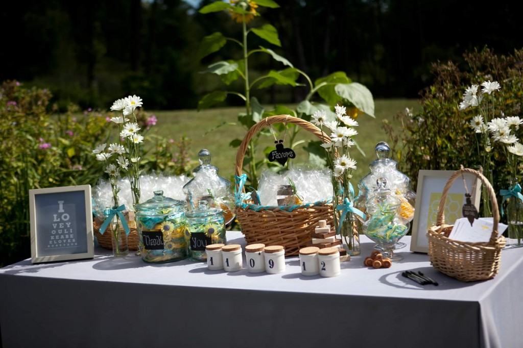 bee themed baby shower table decor