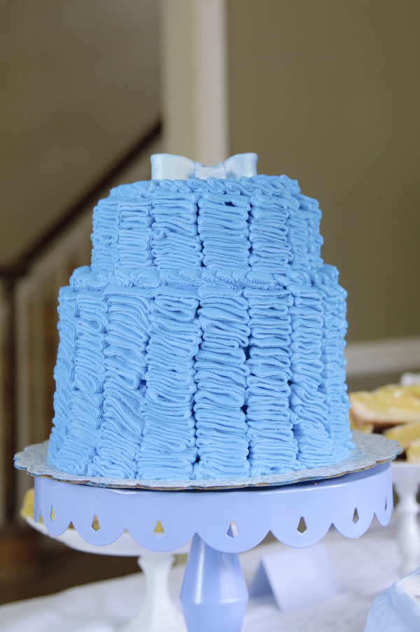 blue-white-pastel-tea-party-baby-shower (12)