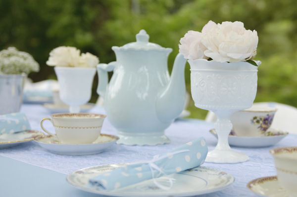 blue-white-tea-party-baby-shower
