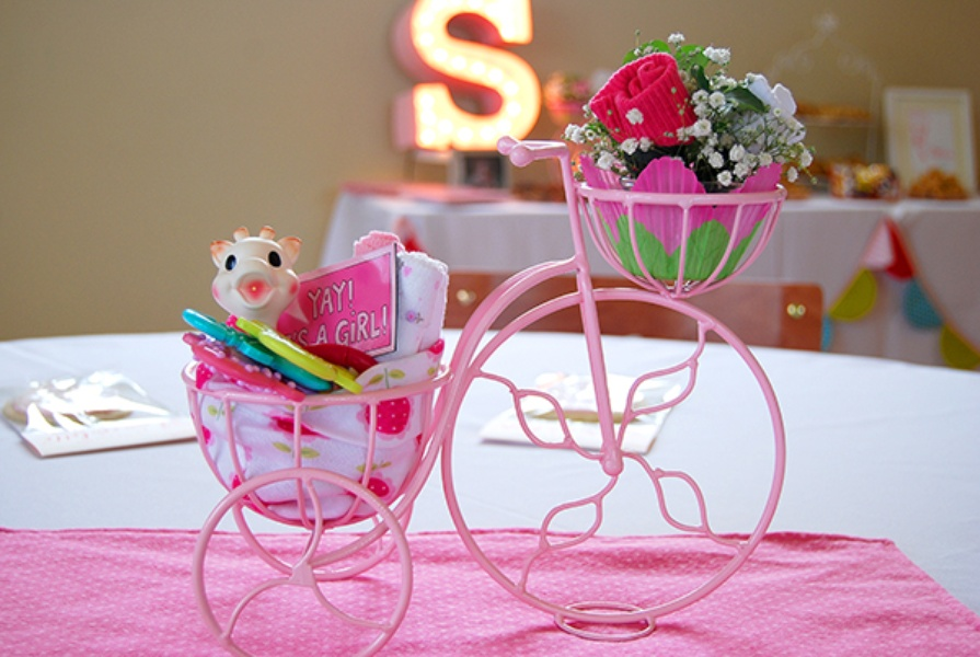 bright baby shower ideas
