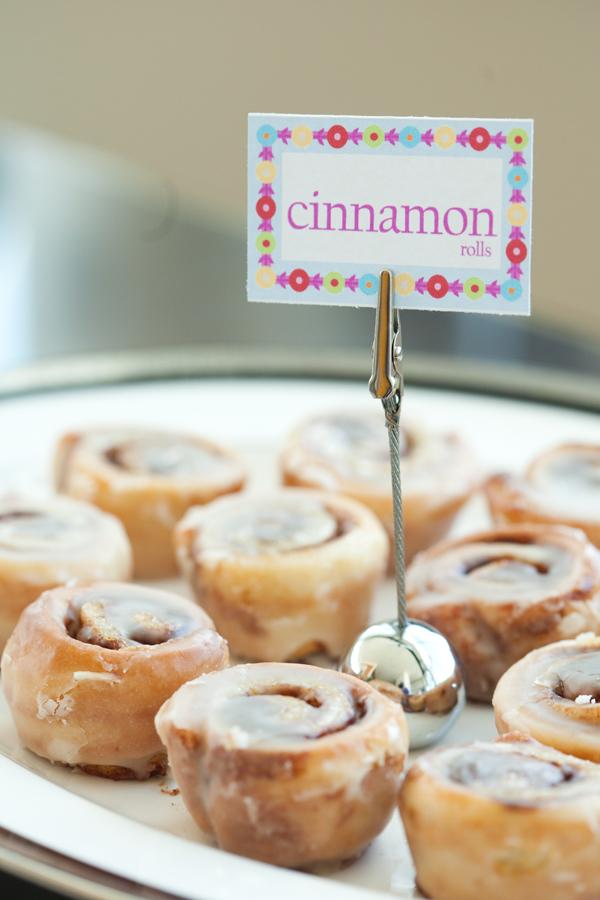 tasty cinnamon rolls glazed