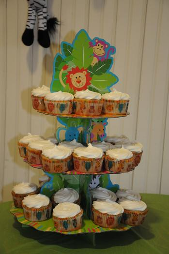 It's a Jungle Out There Themed Baby Shower (8)