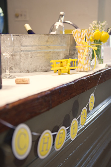 Yellow Grey Airplane Baby Shower food and drink (11)