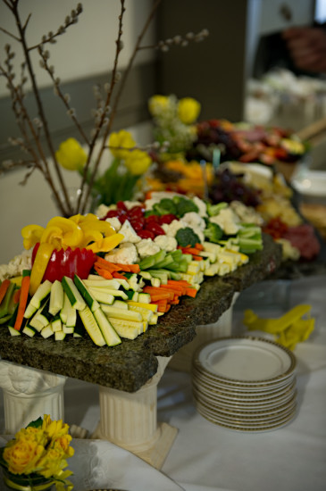 Yellow Grey Airplane Baby Shower food and drink (5)
