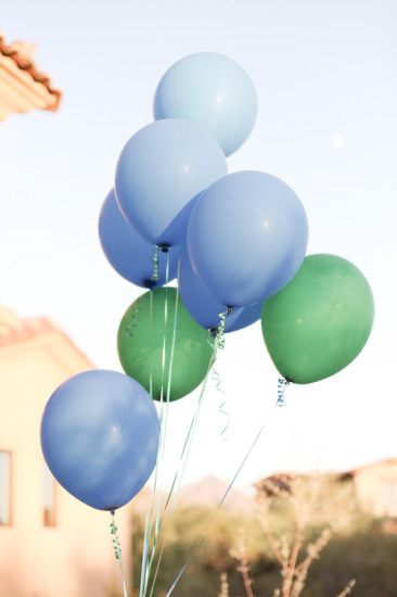 decoration balloons blue and green