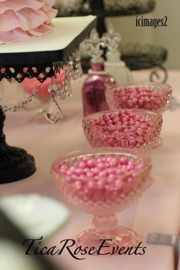 glitter pink pearl sixlets