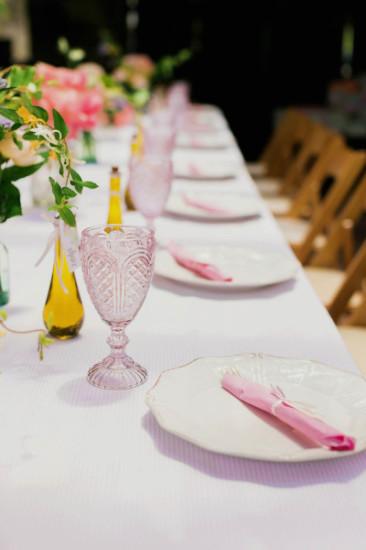 elegant table setting plates