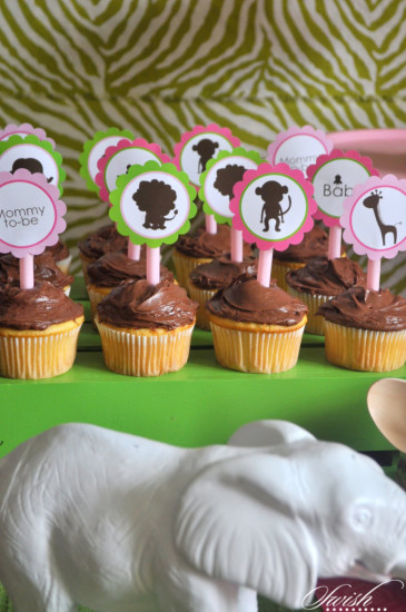 food and drink jungle themed cupcakes