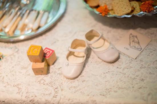 baby-girl-shoe