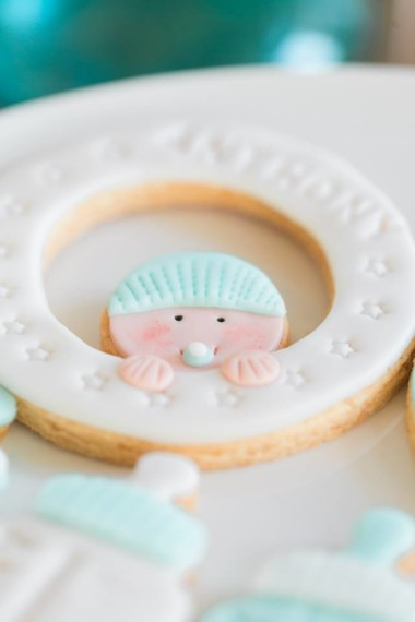 baby-shower-frosted-cookies-baby-item