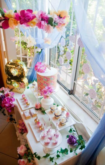 gold-pink-butterflies-flowers-celebration-decor-ideas
