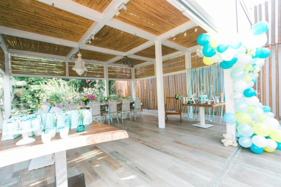 table-setting-turquoise-baby-shower-theme
