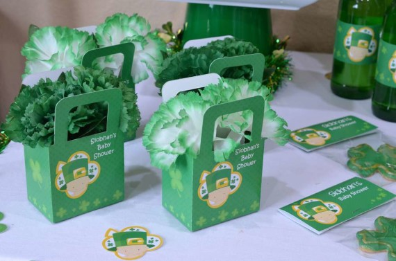 Saint-Patricks-Baby-Shower-Little-Shamrock-is-on-the-way-favor-boxes