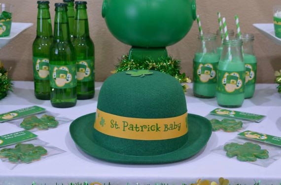 St-Patricks-Baby-Shower-Little-Shamrock-is-on-the-way-decoration-ideas