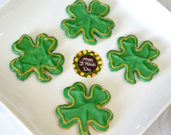 St-Patricks-Baby-Shower-Little-Shamrock-is-on-the-way-hat-sugar-cookies
