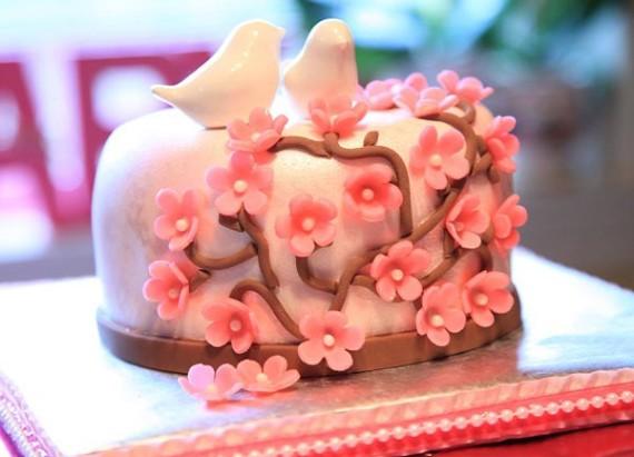 little blossom bird cake