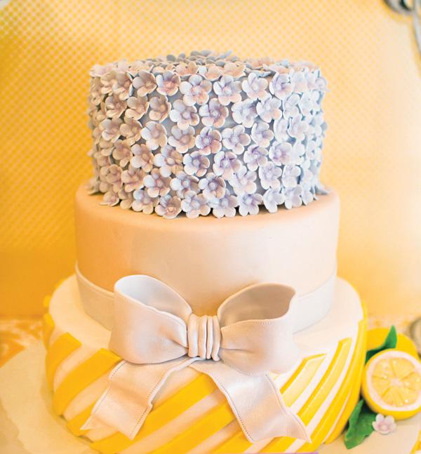 sweet-lemon-lavender-baby-shower-pretty-cake