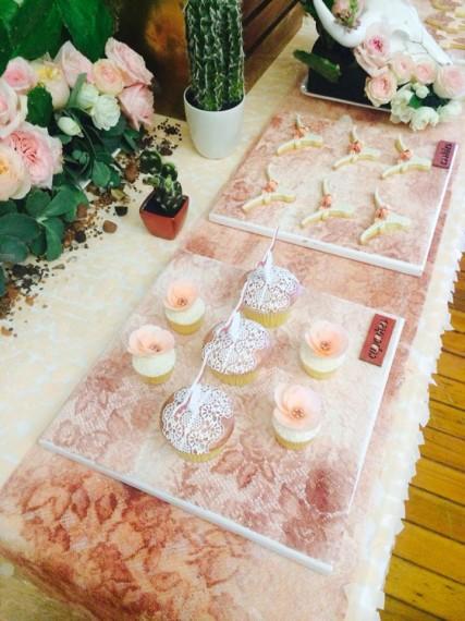 Desert & Rose Inspired Celebration cupcakes treats