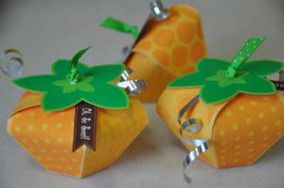 Little pumpkin favor box