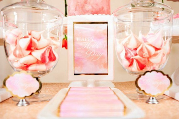 mothers-day-watercolor-roses-dessert-table-treats