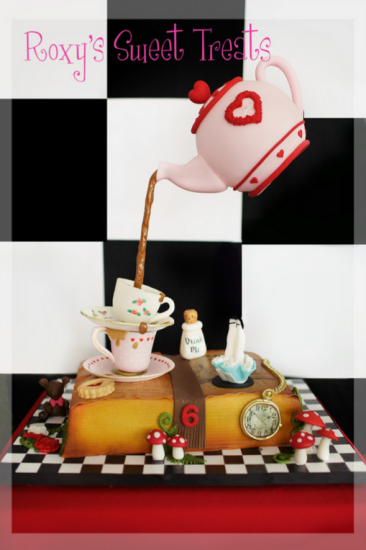 alice-in-wonderland-mad-hatter-tea-party-dessert-table-cupcakes-cake