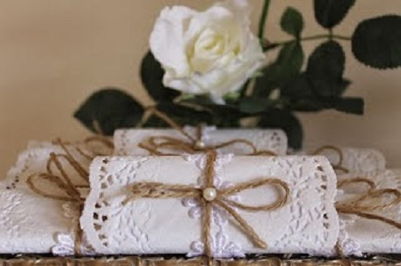 laces and dollies shabby chic decors