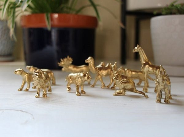 Gold Party Zoo Animals decorations