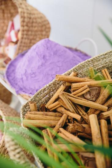 Boho Chic Inspired Baby Shower decoration ideas, basket pick yourself, cinnamon sticks