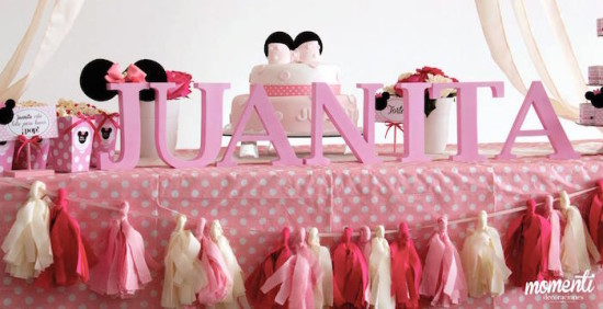 Pink Minnie Mouse Baby Shower main table
